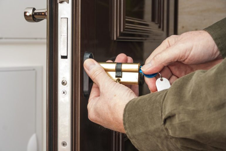 How A lot Do You Earn From Locksmith?
